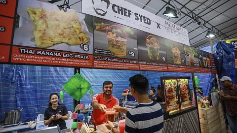 Usahawan muda raih sambutan hangat di bazar Raya Geylang Serai