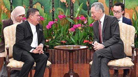 Mat Sabu temui PM Lee
