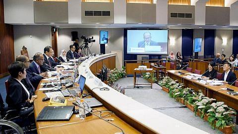 Tugas panel Parlimen