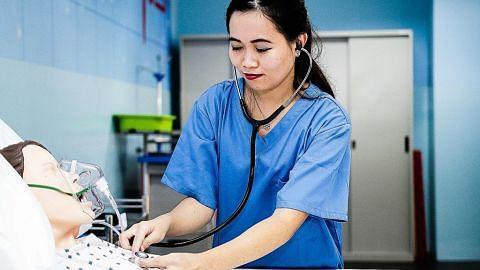 Jururawat asal Sabah rebut peluang kerja, belajar di S'pura