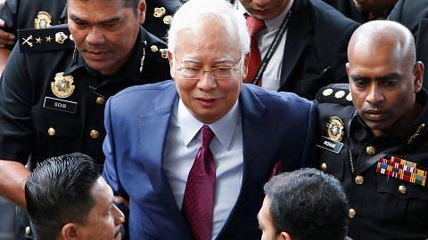 TUKILAN BEKAS PERDANA MENTERI DALAM VIDEO Najib siar video luah perasaan, mohon maaf kepada rakyat Malaysia