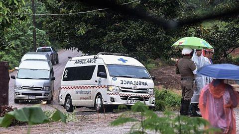 Semua mangsa terperangkap dalam gua di Thai berjaya dibawa keluar
