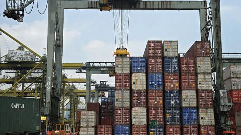 Eksport bukan minyak S'pura tumbuh 5% bulan lalu
