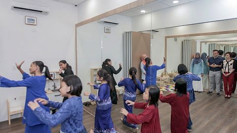 Sumbang kemahiran di pusat satelit baru Mendaki di Choa Chu Kang
