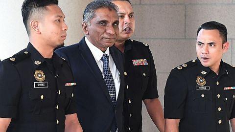 Najib, Irwan hadapi enam tuduhan pecah amanah dana 1MDB lebih $2b