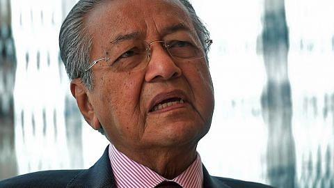 Mahathir: Ada usaha pujuk anggota Pakatan sertai gabungan Umno-PAS