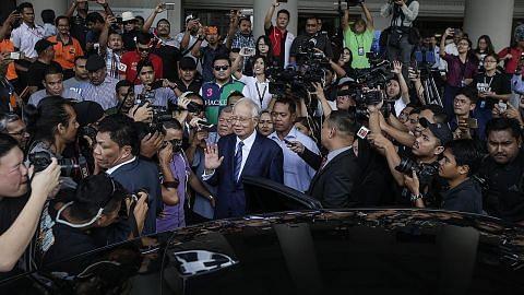 Ubah laporan audit 1MDB: Najib, bekas CEO tidak mengaku salah