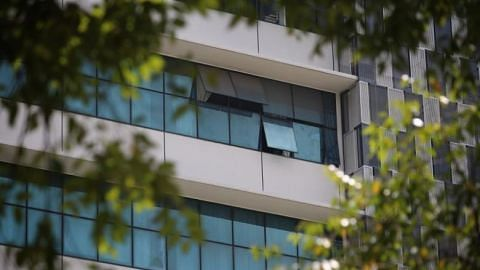 5-year-old boy falls to his death after he was locked inside 8th floor Woodlands office