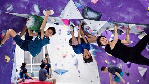 Relawan bimbing belia rumah sewa Yishun bina keyakinan