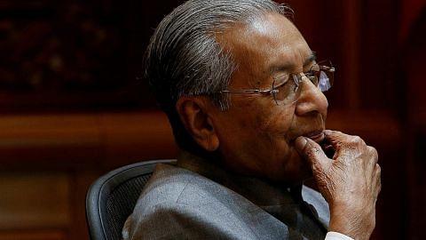Pakar: Sukar mahu laksana undi tidak yakin terhadap Mahathir
