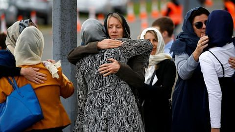 PM NZ umum haram senapang serangan, separuh automatik