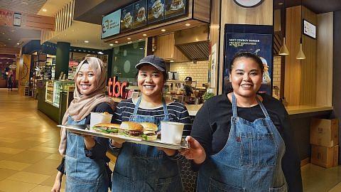 Daging burger berasas soya dapat sambutan