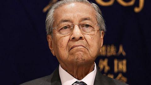 Tindakan Mahathir lantik ketua antirasuah tanpa rundingan Kabinet dibidas