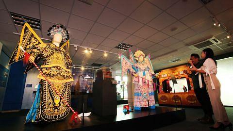 Galeri Warisan Kreta Ayer pamer seni, sejarah Chinatown