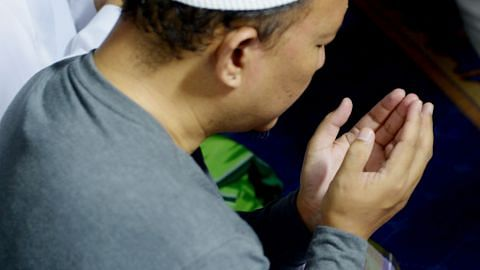 Ikuti sikap Nabi suka berdoa