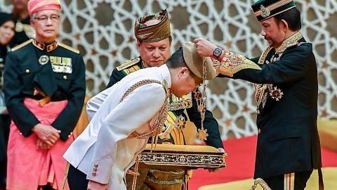 Panglima Pasukan Pertahanan S'pura dapat anugerah tertinggi Brunei