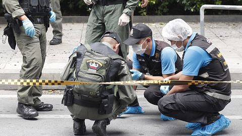 Beberapa letupan kecil gegarkan Bangkok