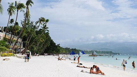 Destinasi pelancongan popular jadi mangsa kejayaan mereka sendiri MAYA BEACH, THAILAND PULAU BORACAY, FILIPINA VENICE