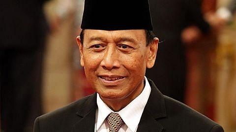 Menteri Keselamatan Indonesia cedera ditikam