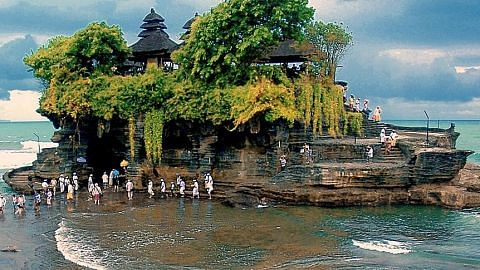 Pesona Bali diabadi