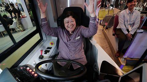 Latih pemandu bas persiap kendali bas autonomi