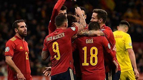 Sepanyol, Italy menang besar, ungguli kumpulan masing-masing