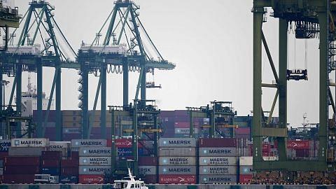 Eksport bukan minyak S'pura turun 5.9% bulan lalu