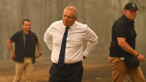 Australian PM Morrison calls up 3,000 reservists as fire threats escalate