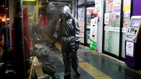 Thailand to close malls as coronavirus cases jump