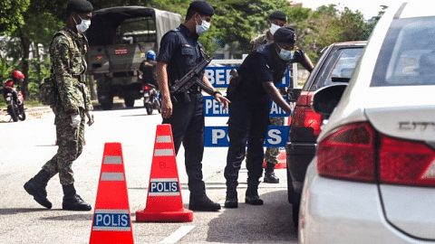 Coronavirus: Malaysia's movement restrictions extended to April 14