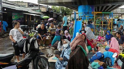 21 maut akibat banjir di Jakarta, ribuan tinggalkan rumah
