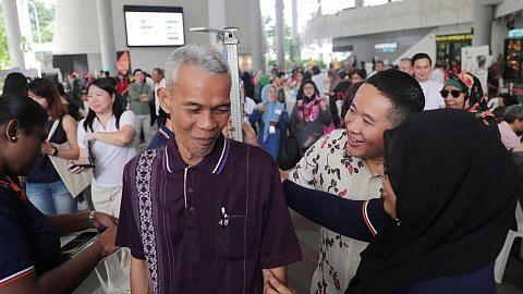 Sekitar 500 jalani pemeriksaan kesihatan di Kampong Admiralty