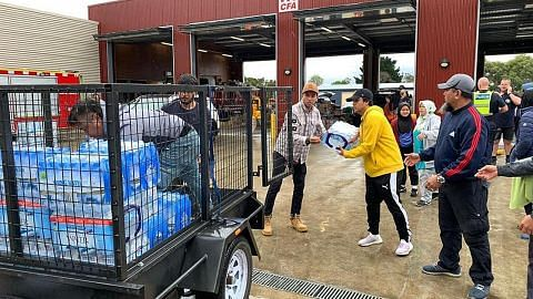 Warga SG di sini, Australia bantu mangsa kebakaran negara kangaru