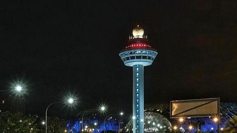 Operasi penerbangan di Lapangan Terbang Changi tertunda awal pagi semalam
