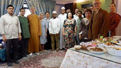 Jamu pemimpin pelbagai agama dijadikan tradisi Hari Raya