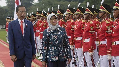 LAWATAN RASMI PRESIDEN KE INDONESIA Presiden Halimah: Penting S'pura-Indonesia tingkat kerjasama dalam sekitaran mencabar
