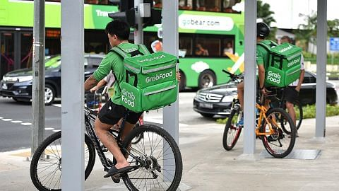 Penjualan naik bagi firma penghantaran makanan, e-dagang