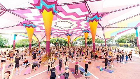 Festival AIA Glow ditunda
