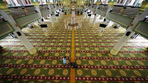 IBADAH JALAN TERUS Pengisian ibadah tatkala masjid ditutup