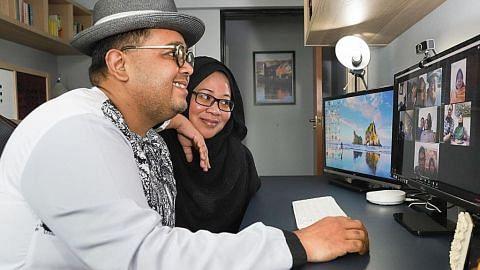 Keluarga besar anjur kenduri tahlil di alam maya