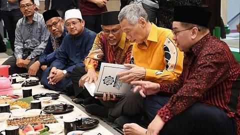 PM Lee: Muis, asatizah pastikan Ramadan tidak kurang hebat