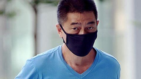 Juruterbang AS, dua warga SG dituduh abai perintah jangan keluar