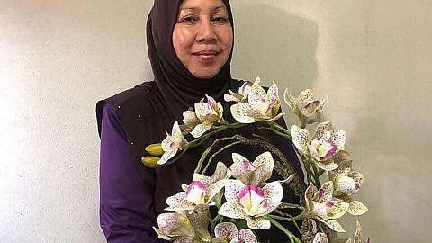 BazaarRia bantu usahawan rancakkan niaga bunga