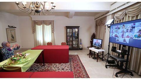 Presiden Halimah dapatkan maklum balas penghuni Melrose Home