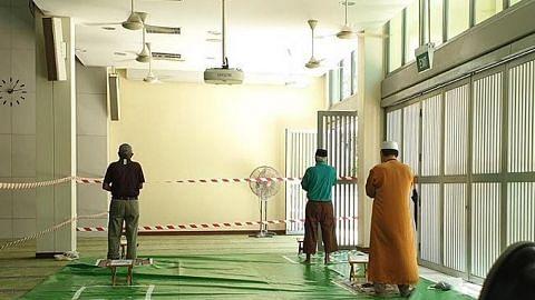 HARI KEDUA MASJID DIBUKA Jemaah masjid bekerjasama pastikan kunjungan lancar