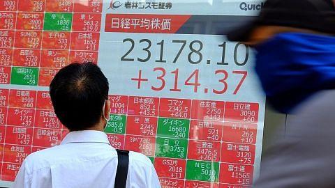 Pasaran saham Asia merosot paras rendah