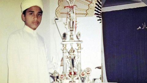 Demi ukhrawi... Mufti kembali ke sekolah rendah pada usia 17 tahun