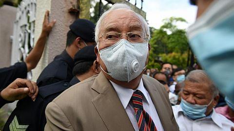 Najib bersalah, dipenjara 12 tahun, didenda $68j