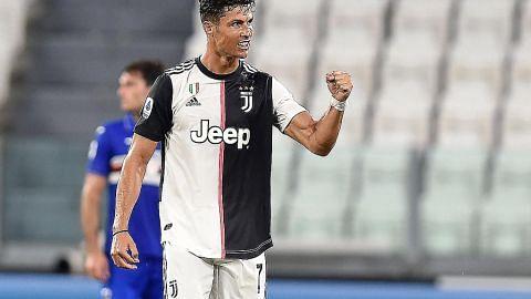 Ronaldo kalahkan 'Sarri-ball', bantu Juve jadi juara Serie A