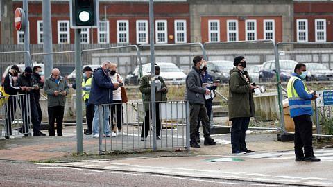 BRITAIN Boris Johnson umum sekatan baru: Dilarang berkumpul lebih 6 orang